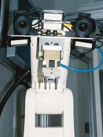 roboter mit 3d bildverarbeitung griff in die kiste. Black Bedroom Furniture Sets. Home Design Ideas