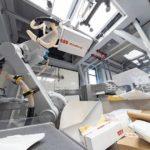 ABB_Fabrik_der_Zukunft__ABB_Robotics_KI_Zelle_Covariant.jpg