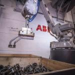 ABB_Robotics_Bin_Picking_Versuchszentrum_Schweden_2.jpg