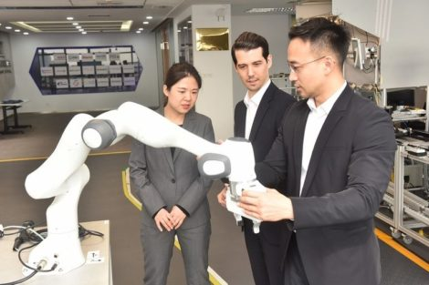 CENIT_China_Seizing-Potentials-in-Robotics-industry.jpg