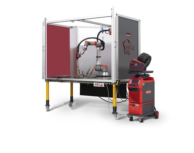 Cobot_Schweissen_Fronius_Smart_Cell.jpg