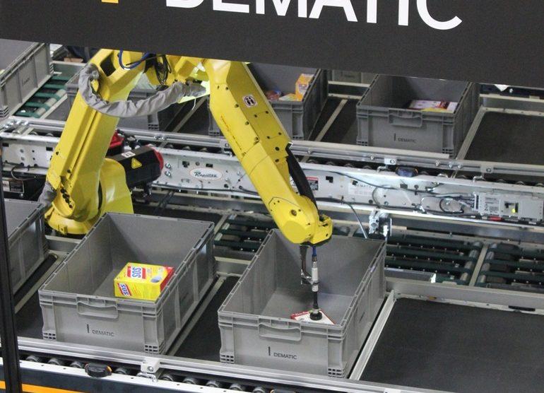 Dematic_Robotics2.jpg