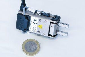 IAI-Zweipunkt-Hubmagnet-Greifer.jpg