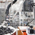 Igus_delta_roboter_Einsatz_Fabrik.jpg