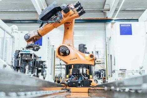 KUKA Roboter Heller