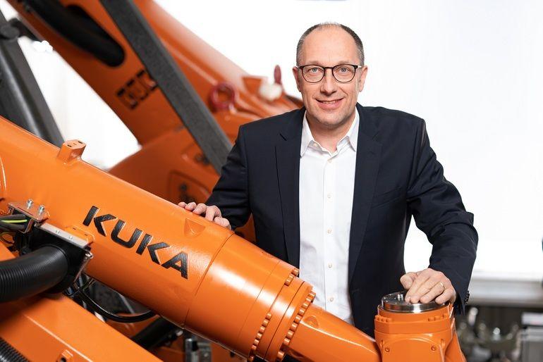 KUKA_Grossauftrag_Batterie_Peter_Mohnen.jpg