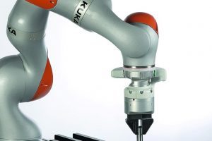 KUKA_Systems_KUKA_Labyrinth-Demonstrator.jpg