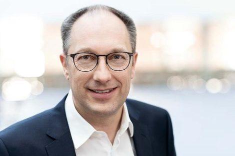 Kuka_CEO_Peter_Mohnen.jpg