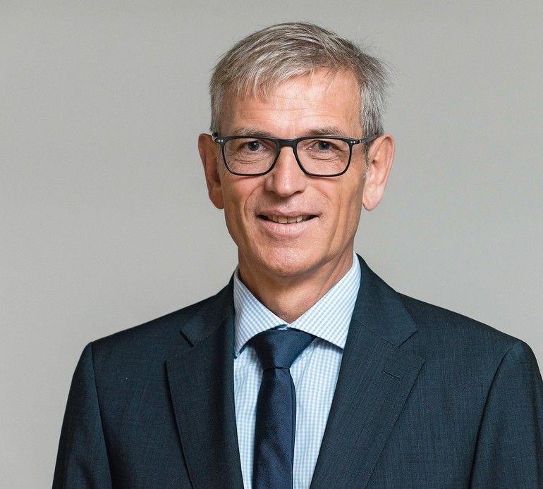 MiR_Joerg_Faber_Sales_Director_DACH_&_Benelux.jpg