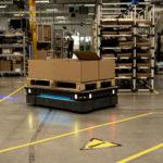Mobiler_Roboter_MiR_Schneider_Electric.jpg