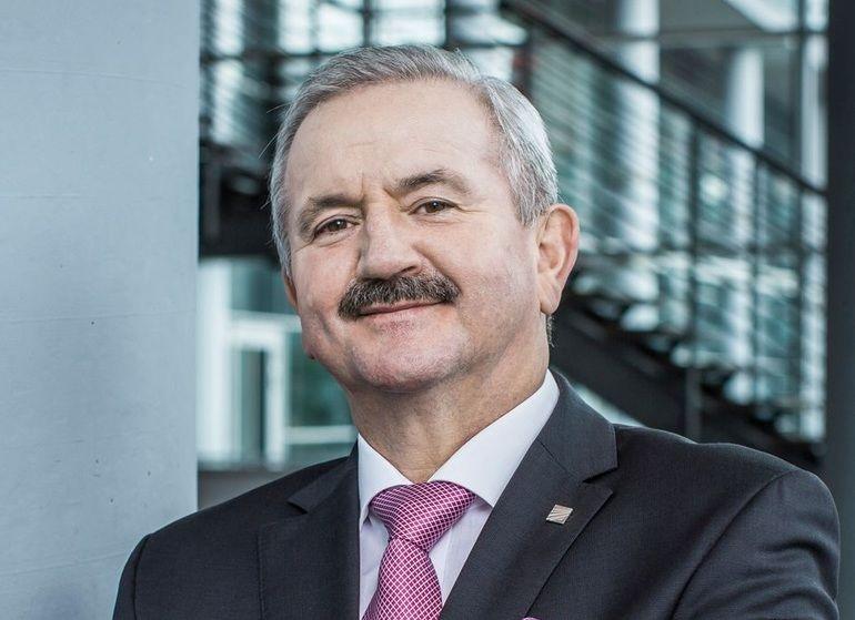 Prof-Neugebauer.jpg
