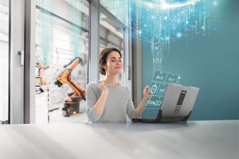 Mit_dem_neuen_CloudConnect-Portfolio_vereinfacht_Siemens_den_Datentransfer_innerhalb_des_IIoT_zu_cloudbasierten_Lösungen._Dazu_bietet_Siemens_den_neuen_Kommunikationsprozessor_Simatic_CP_1545-1,_der_für_den_Einsatz_mit_Simatic_S7-1500_in_modernen_Automati
