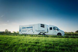 UR_Roadshow_Truck_Aussenansicht.jpg