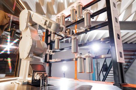 Roboterbar_als_Prototyp_für_die_Spracheingabe_im_industriellen_Umfeld_bei_Produktionslärm